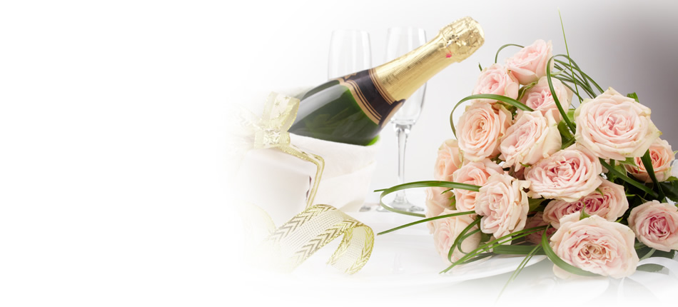 champagne and pink flowers